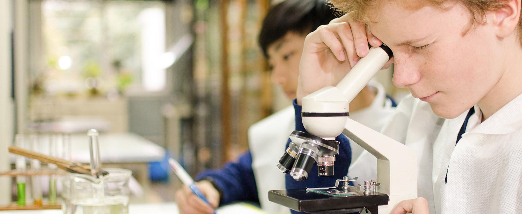 Ciencia y Tecnología en Washington School